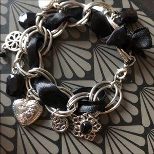 Jewelry - 🌺$10🌺 Beautiful Silver and Black Bracelet NEW
